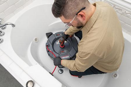 RIDGID K9-102 FlexShaft in Tub